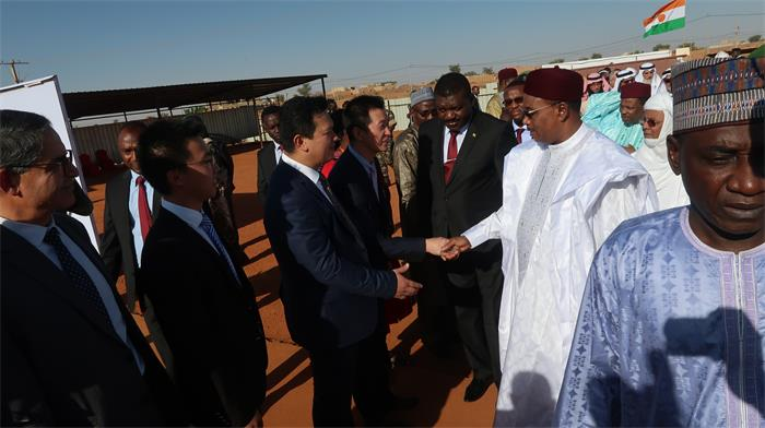 president-of-niger-republic-inspected-the-project-of-girl-s-campus-of-the-islamic-university